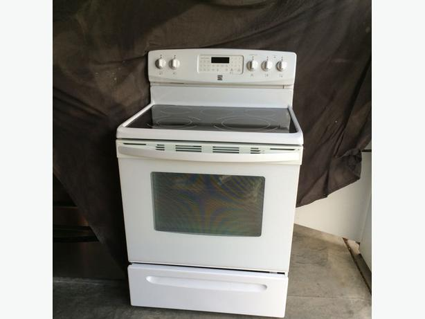 White Kenmore Convection Oven Saanich Victoria