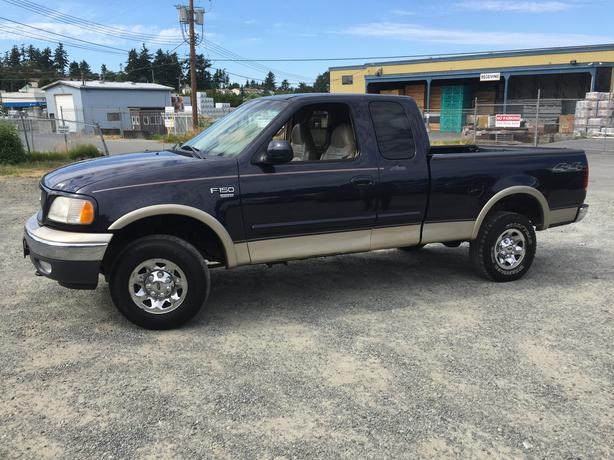 2000 ford f150 4x4 xtnded cab lariat edition esquimalt. Black Bedroom Furniture Sets. Home Design Ideas