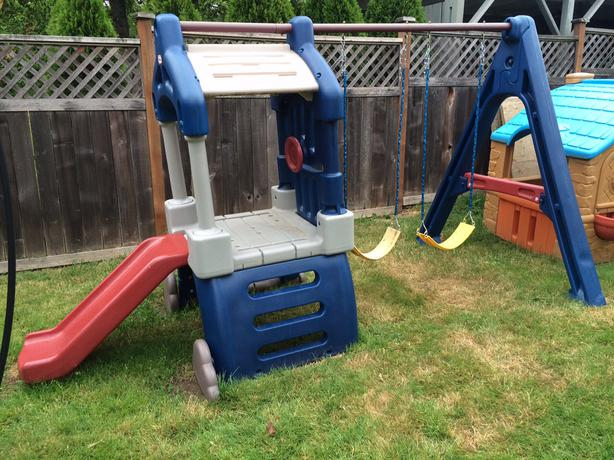 Little Tikes Clubhouse Swing Set And Slide Saanich, Victoria