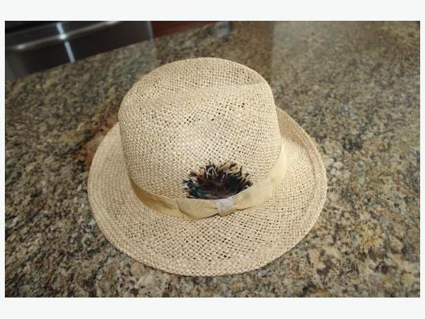 CLASSY WOMANS STRAW HAT