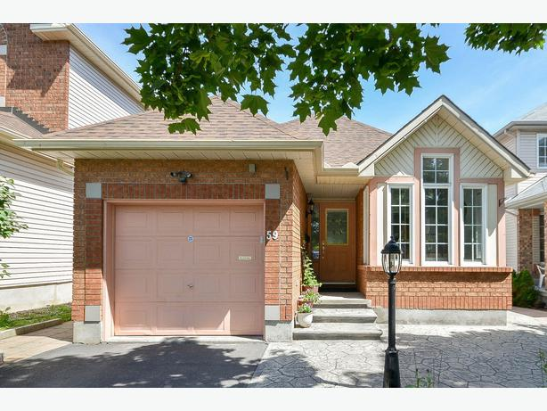 Barrhaven bungalow with walk out basement central ottawa for Bungalow with walkout basement