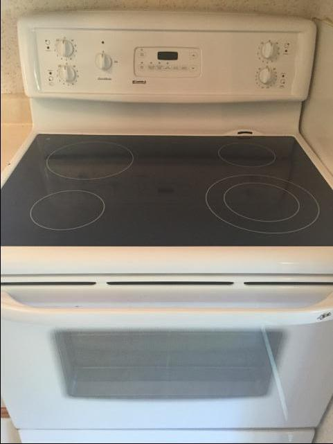 Flat Top Stove ~ Kenmore quick bake electric oven with flat top stove