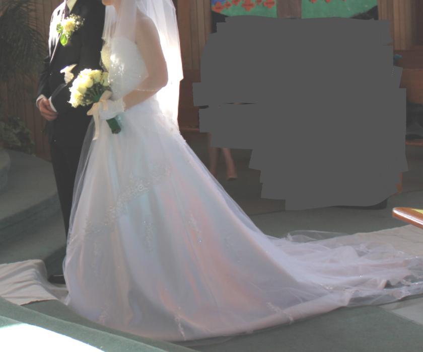 Gorgeous wedding dress victoria city victoria mobile for Used wedding dresses victoria bc
