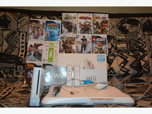 nintendo wii balance board 12 games for only 100 central ottawa inside greenbelt ottawa. Black Bedroom Furniture Sets. Home Design Ideas