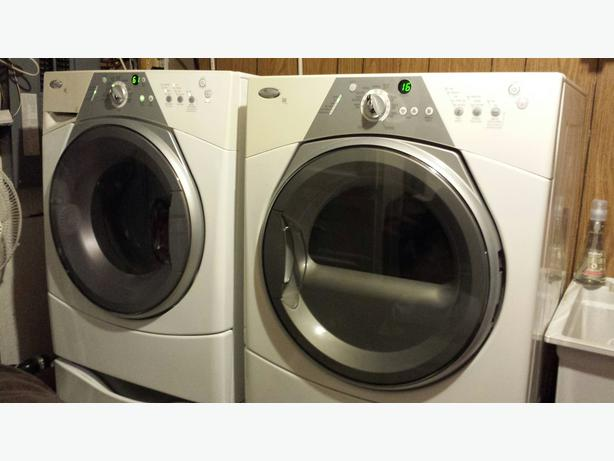 Whirlpool Duet Sport Ht West Shore  Langford Colwood Metchosin Highlands  Victoria
