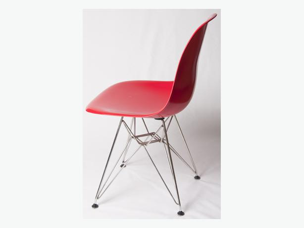 Mid century modern Eames dining chairs Victoria City  : 47737955614 from www.usedvictoria.com size 614 x 461 jpeg 14kB