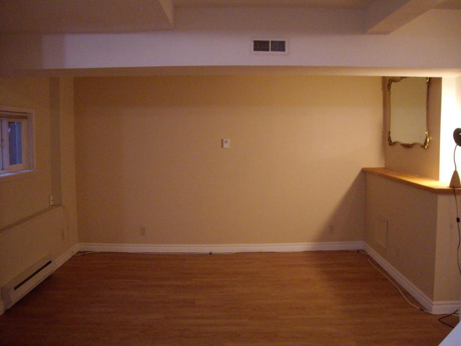Large 2 Bedroom Basement Suite Saanich Victoria Mobile