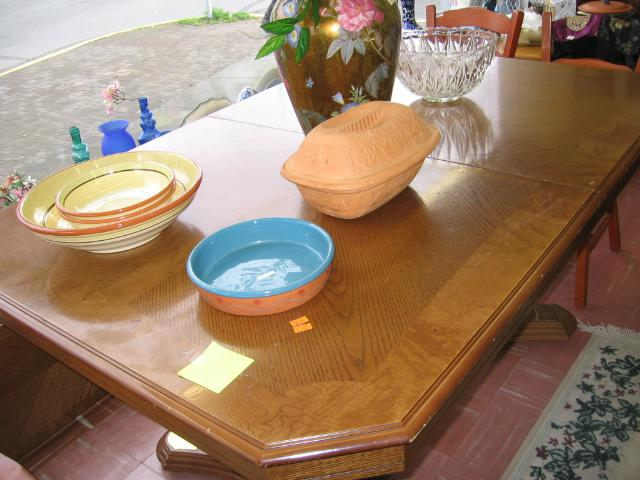 Dining room table oak finish double pedestal esquimalt for Best dining room table finish