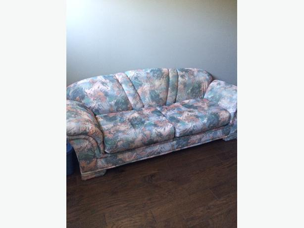Sofa And Matching Loveseat Victoria City Victoria Mobile