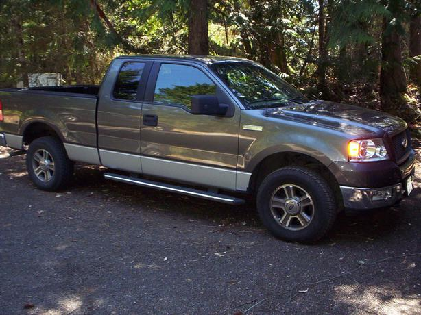 2005 ford f150 xlt 4x4 supercab engine looks great. Black Bedroom Furniture Sets. Home Design Ideas