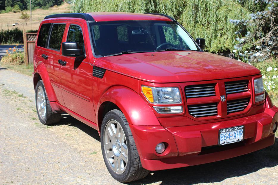 2008 dodge nitro slt r t reduced cobble hill cowichan. Black Bedroom Furniture Sets. Home Design Ideas