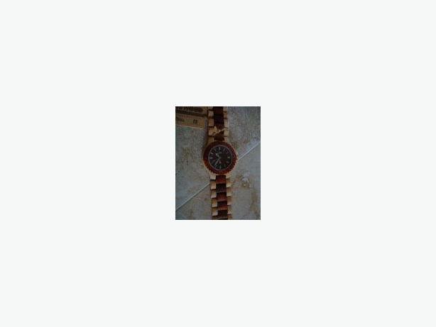 New Men's & Women's Wewood Watch for Sale