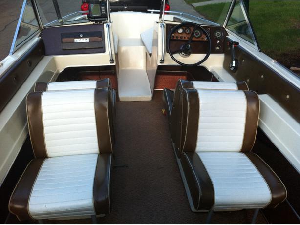 Motor Boat Seats 8 10 South East Calgary