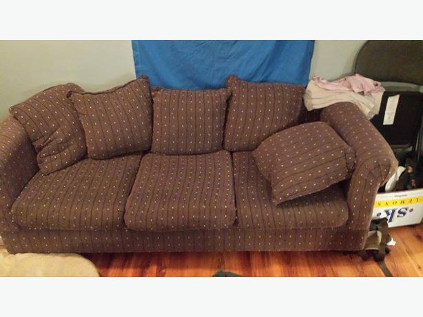 Couch And Loveseat 150 Obo South Nanaimo Nanaimo Mobile