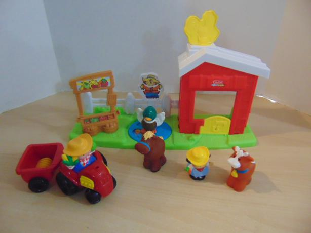 Fisher Price Little People Play Family Hobby Farm with Duck
