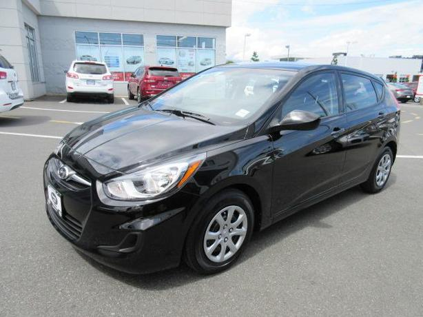 2014 hyundai accent gl low kms warranty outside alberni valley ucluelet. Black Bedroom Furniture Sets. Home Design Ideas