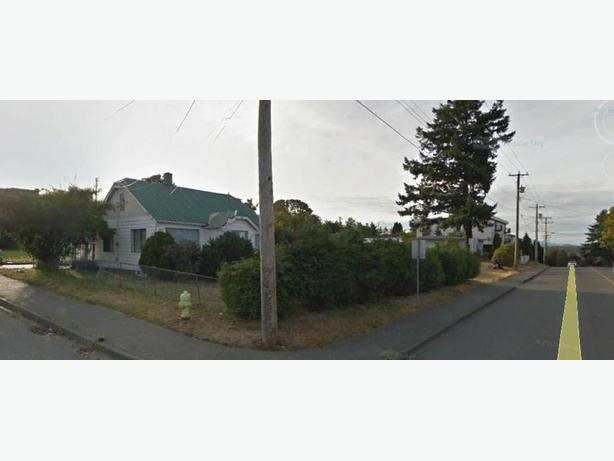 Three adjoining corner lots-Campbell River Vancouver Island BC