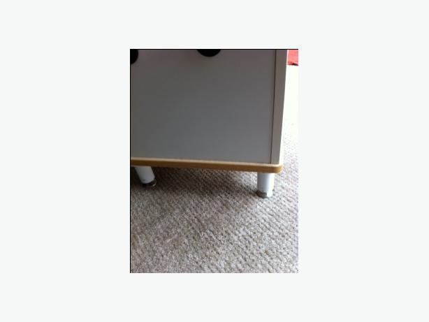 Moveable Toy Storage Bench From Ikea Courtenay Comox Valley Mobile
