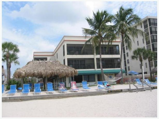 two one bedroom plus den apartments at gulf pointe naples fl central ottawa inside greenbelt