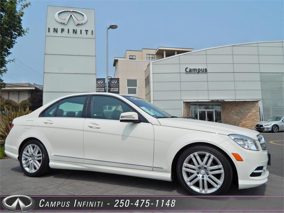 2011 mercedes benz c class c250 4matic victoria city for What does 4matic mean on the mercedes benz