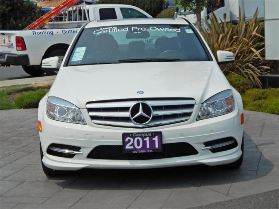 2011 mercedes benz c class c250 4matic victoria city for Cost of oil change for mercedes benz c250
