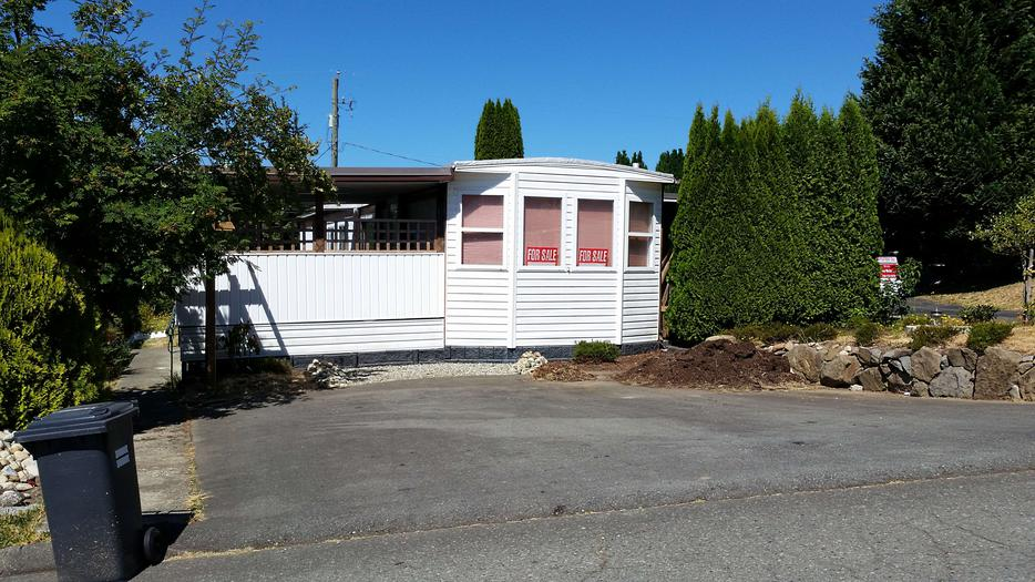 maple ridge mobile home park edmonton with 55 Park Home In Port Alberni 25519750 on Glen Garry 48 Tv Console likewise Soho Sofa Table in addition 55 Park Home In Port Alberni 25519750 besides Rr 35 Id 29108 Dogpound besides Glen Garry Leg Table.