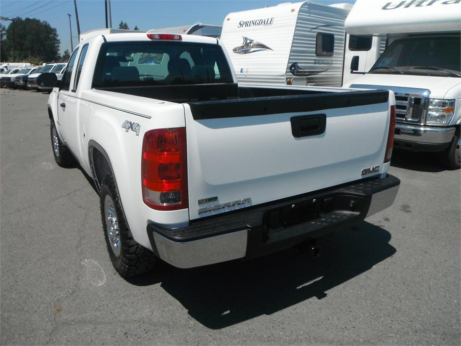 2011 gmc sierra 1500 short box ext cab work truck 4wd outside comox valley courtenay comox. Black Bedroom Furniture Sets. Home Design Ideas