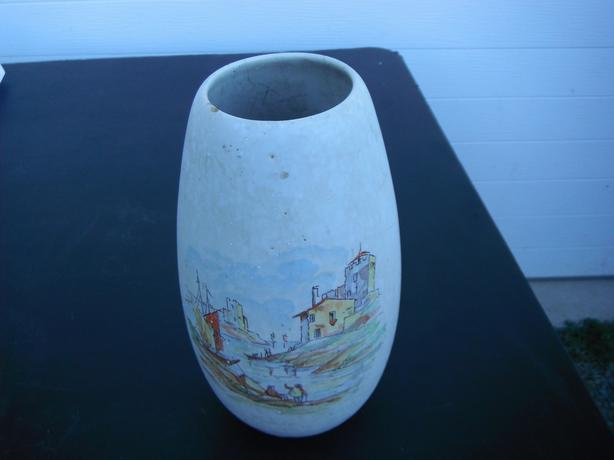 seaside clay vase- Duncan