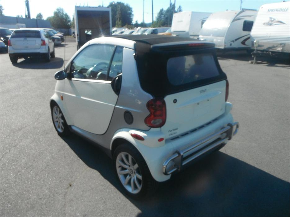 2006 smart fortwo passion diesel base convertible outside okanagan kelowna mobile. Black Bedroom Furniture Sets. Home Design Ideas