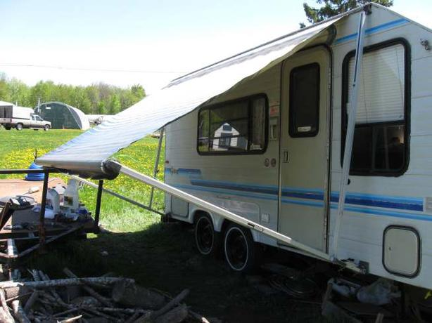 Trailers Plus Peterborough >> super LIGHT GITAN 1990 19 Ft TANDEM travel trailer 2557lbs, Gloucester, Ottawa