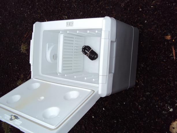 Plug In Cooler : Auto plug in fridge cooler outside victoria