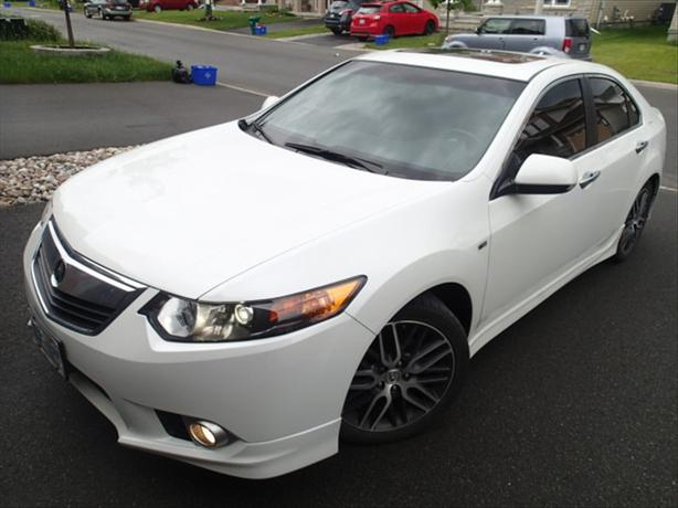 2012 acura tsx white sedan w a spec pkg only 33144 km. Black Bedroom Furniture Sets. Home Design Ideas