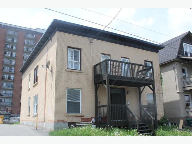 Attractive 3 Bedroom Apartment W 2 Balconies Carleton University Sep 1 Central Ottawa Inside