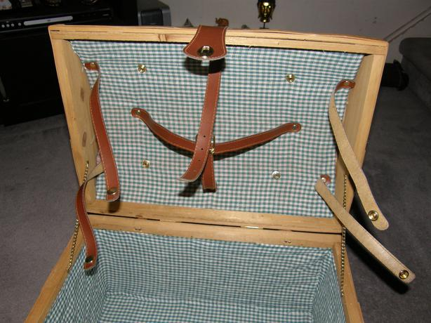 Hand Made Split Wood Woven Picnic Basket