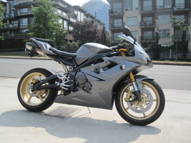 2006 triumph daytona 675 triple surrey incl white rock vancouver. Black Bedroom Furniture Sets. Home Design Ideas