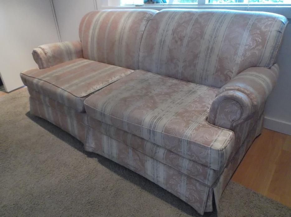 Sofa bed saanich victoria mobile for Sofa bed victoria