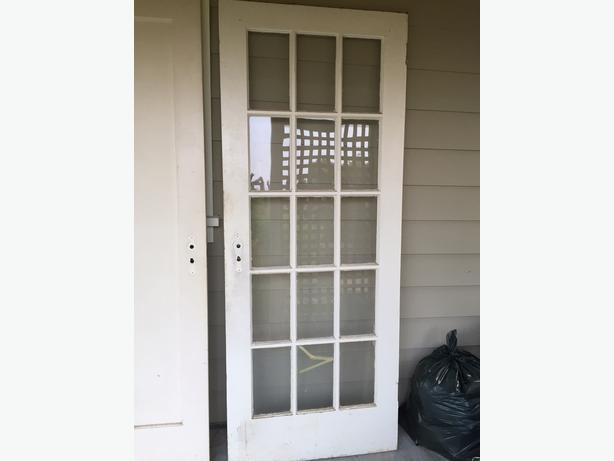 Free 15 lite french door solid wood oak bay victoria for Solid wood french doors