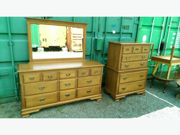 vilas solid maple bedroom set central nanaimo parksville qualicum