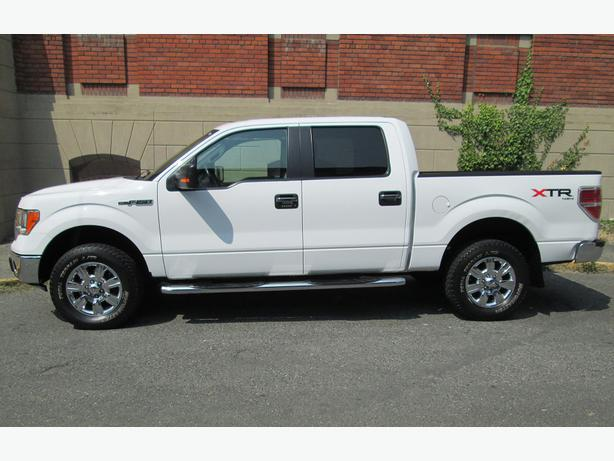 2010 ford f150 xtr crew cab 4x4 local vehicle no accidents outside cowichan valley cowichan. Black Bedroom Furniture Sets. Home Design Ideas