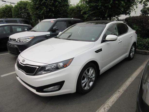 2012 kia optima ex turbo low kms leather k2376 outside. Black Bedroom Furniture Sets. Home Design Ideas