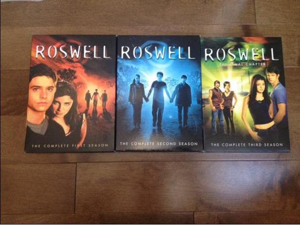Roswell, TV series on DVD
