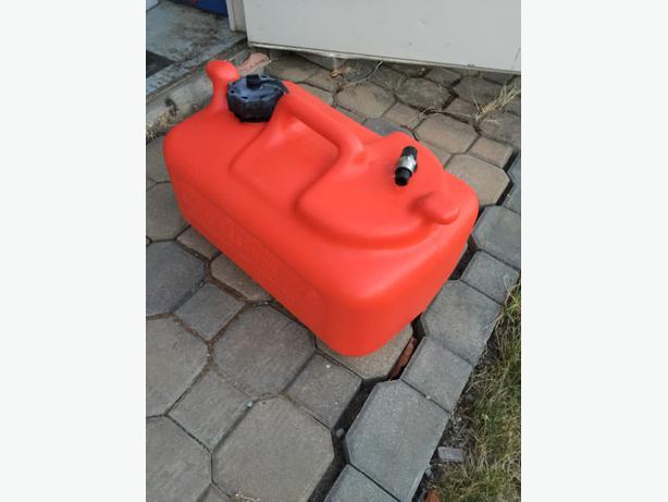 5 Gallon Outboard Motor Gas Tank North Saanich Sidney