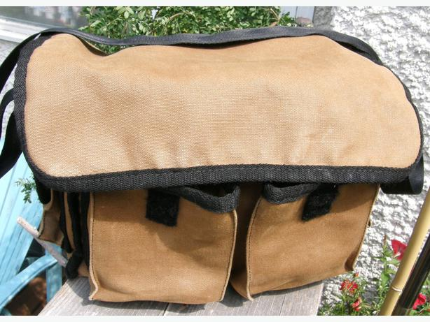 Canvas Camera Bag Medium Sized Good Condition