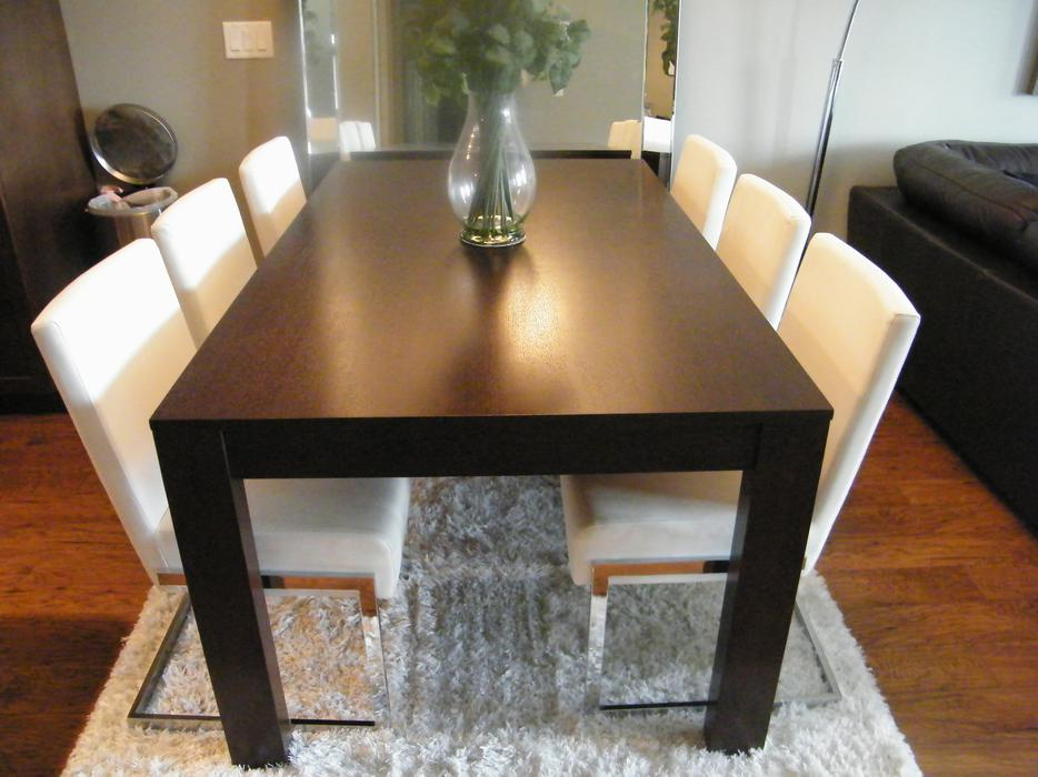Great deal new eq3 dining room table bow ring chairs for Dining room tables kelowna