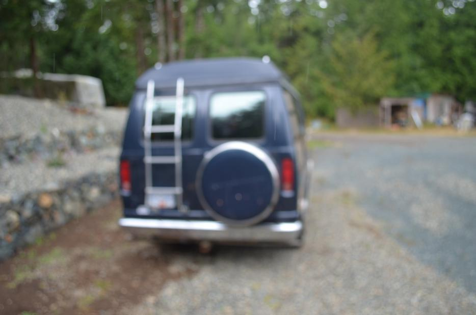 Camper/Van Outside Comox Valley, Campbell River