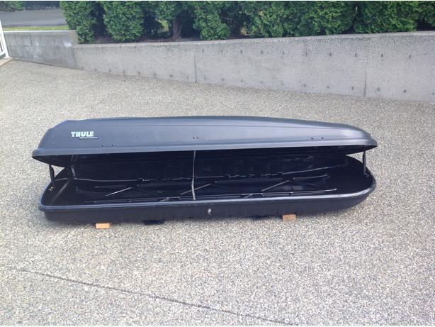 Thule 18 Cu Ft Cargo Roof Box Outside Nanaimo Nanaimo