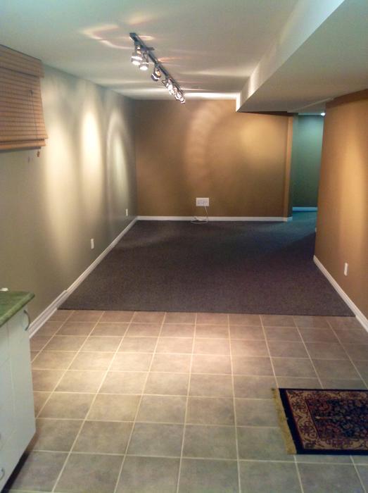 superbe appartement sous sol gatineau sector quebec gatineau. Black Bedroom Furniture Sets. Home Design Ideas