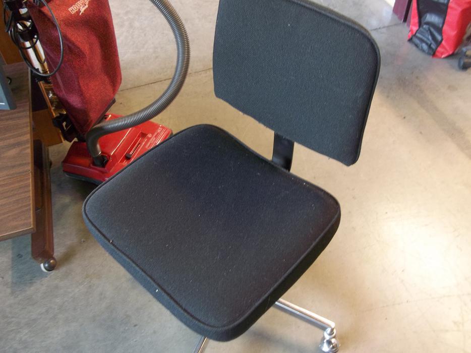 Office Computer Chair For Ale At St Vincent De Paul On Quadra Saanich Victoria Mobile