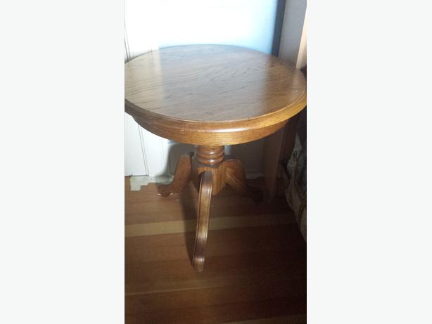 Solid Oak Coffee Table With Two End Tables Surrey Incl White Rock Vancouver Mobile