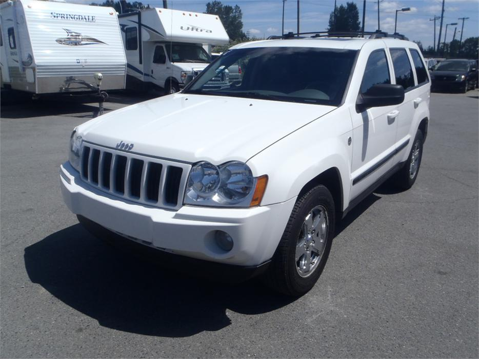2007 jeep grand cherokee laredo 4wd turbo diesel outside cowichan valley cowichan mobile. Black Bedroom Furniture Sets. Home Design Ideas